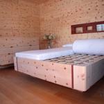 richtig gut schlafen zirbenbett vollholzbett. Black Bedroom Furniture Sets. Home Design Ideas